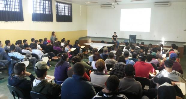 Etec Jales traz palestra sobre Bullying para Alunos e Professores